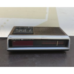 Ρολόϊ Ξυπνητήρι με ράδιο luliette Granny's 32975