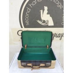 Βαλίτσα vintage Granny's 60412